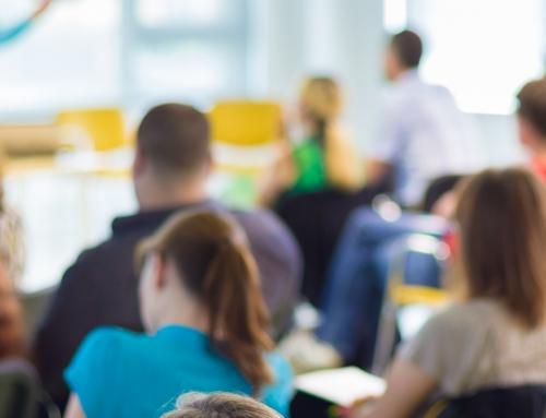 Descubra a diferença entre graduação presencial, EaD e semipresencial